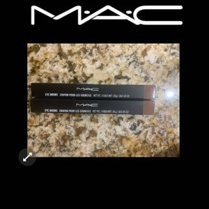 2 Mac lingering brow pencils
